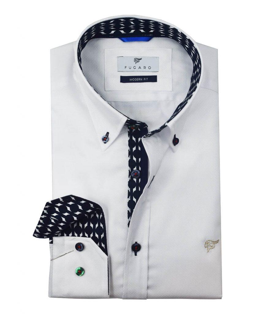 White shirt printet contrast
